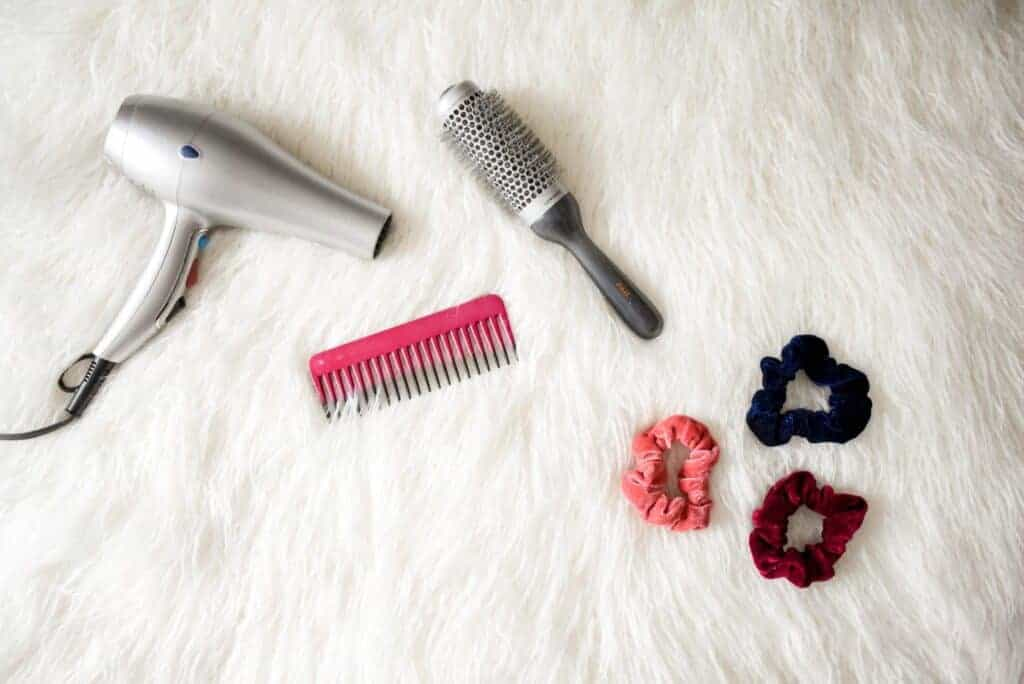 how to use a diffuser on short curly hair tools
