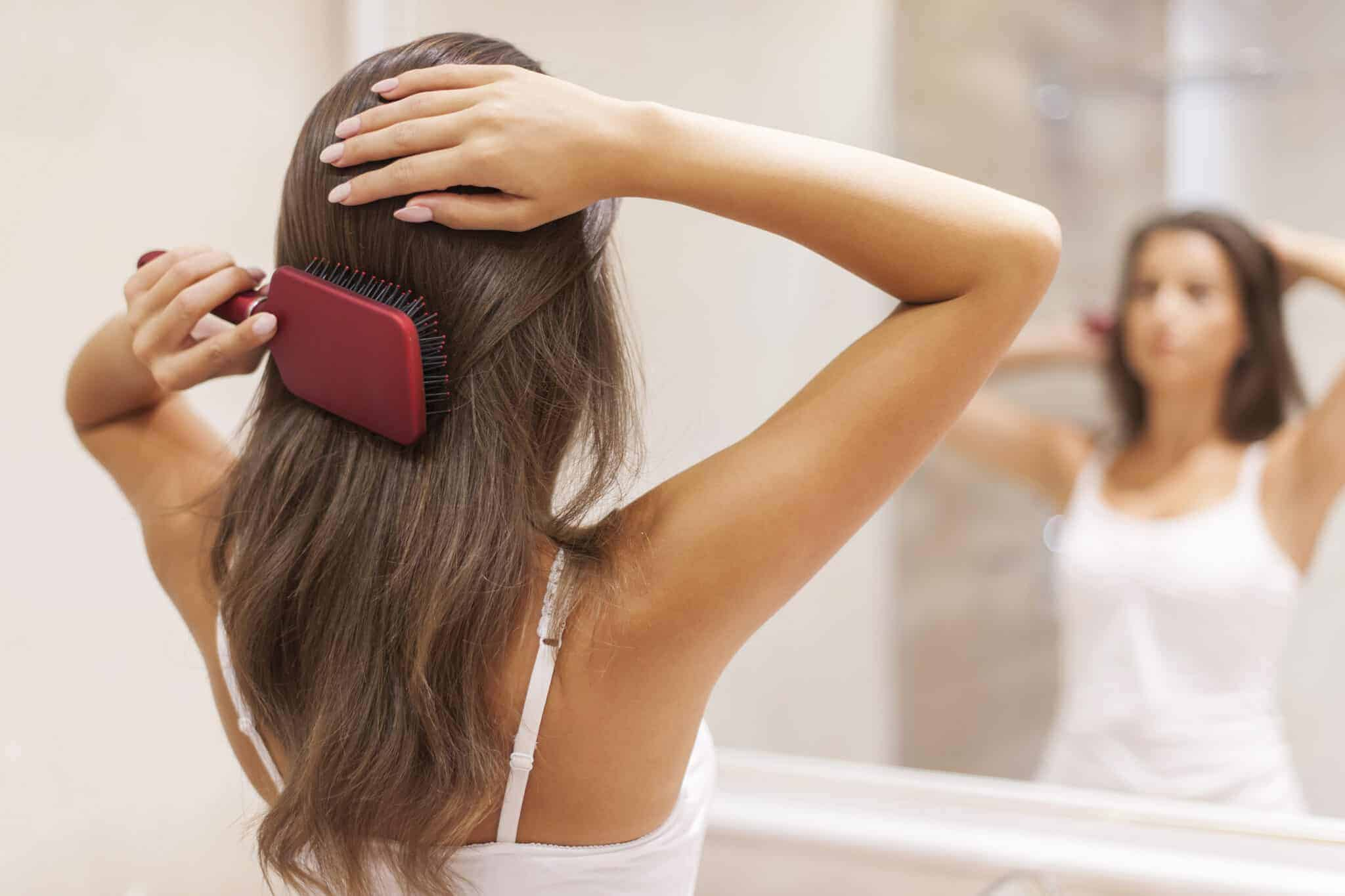 The Best Hair Brush to Distribute Oil For Each Hair Type 8
