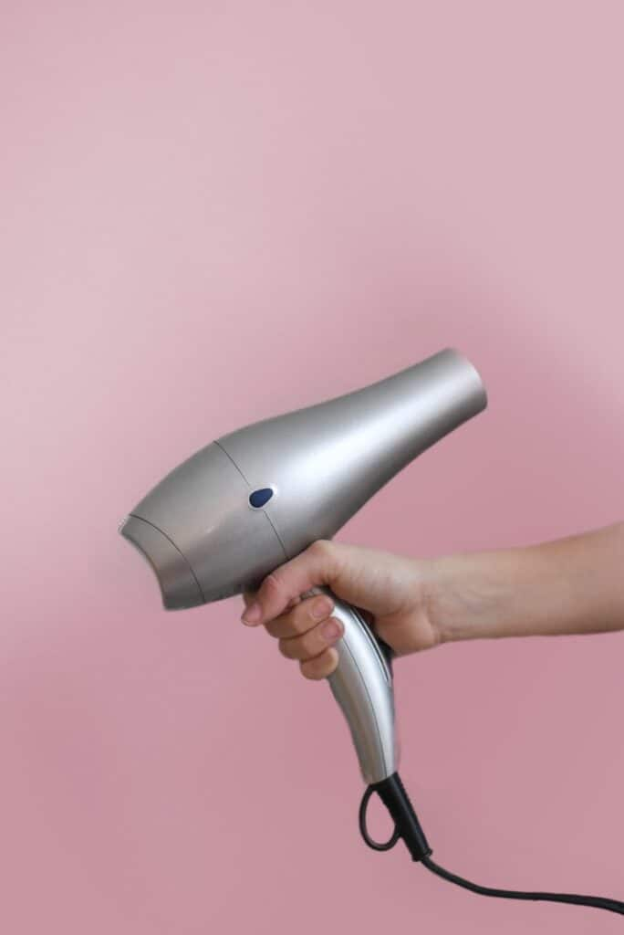 Keratin Treatment to Loosen Curls – Popular Methods are Here! 3