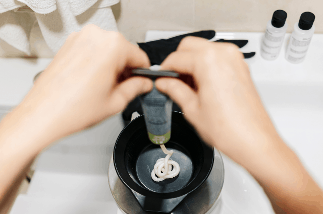 Things To Remember When Dyeing Your Hair at Home 2